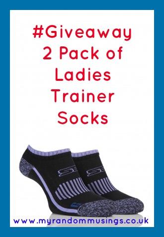 #Giveaway 2 Pack of Ladies Trainer Socks