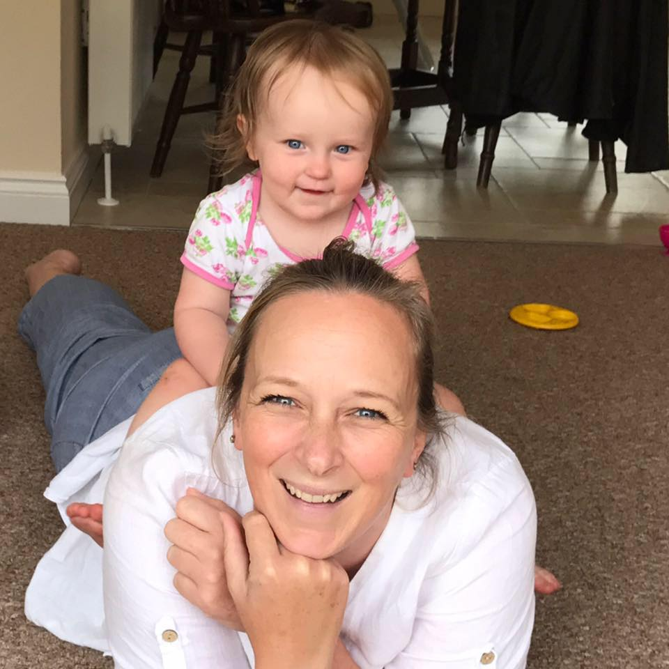 Carrie from the My Circle UK blog with her daughter Isla